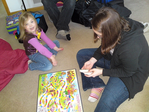 Maria and Molly playing Candyland